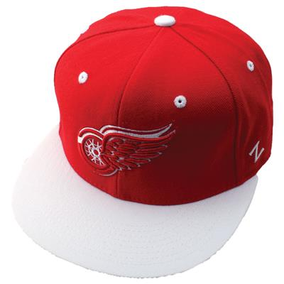 Zephyr Forecheck 32/5 Fitted Hockey Hat - Detroit Red Wings