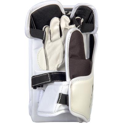 (CCM YFlex Goalie Blocker)