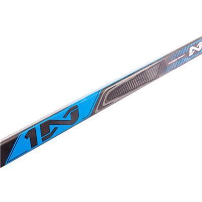 (Bauer Nexus 1N Grip Composite Stick - 2017 Model)