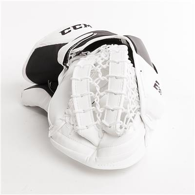 (CCM Extreme Flex E3.9 Goalie Catch Glove)