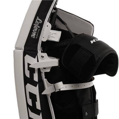 Extreme Flex E3.5 Leg Pad (CCM Extreme Flex E3.5 Goalie Leg Pads - Junior)