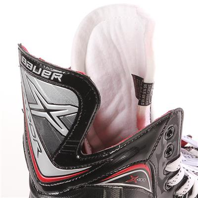 S17 Vapor X400 Ice Skate - Tongue Shot (Bauer Vapor X400 Ice Hockey Skates - 2017 - Junior)