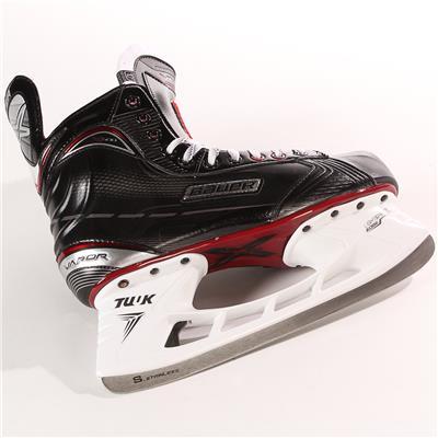 S17 Vapor X500 Ice Skate - Blade (Bauer Vapor X500 Ice Hockey Skates - 2017 - Junior)