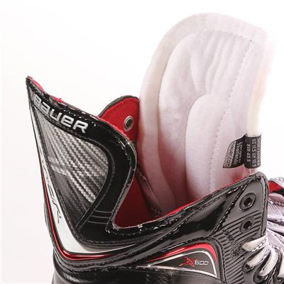 S17 Vapor X600 Ice Skate - Tongue Shot (Bauer Vapor X600 Ice Hockey Skates - 2017)