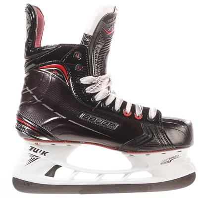 S17 Vapor X900 Ice Skate - Side View (Bauer Vapor X900 Ice Hockey Skates - 2017 - Senior)