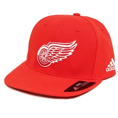 Flat Brim Snapback Wings Cap (Adidas Flat Brim Snapback Wings Cap)