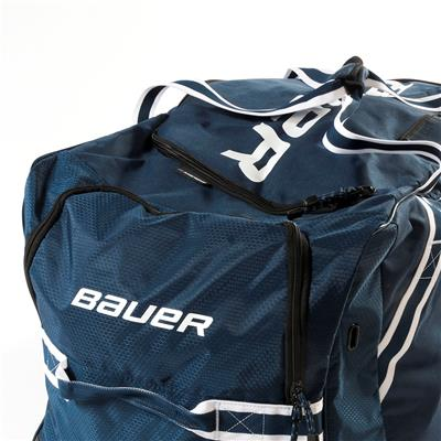 (Bauer 850 Wheeled Hockey Bag - Senior)