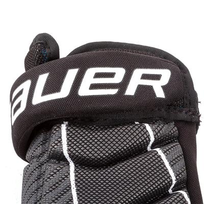 (Bauer Pro Player Street Hockey Glove)