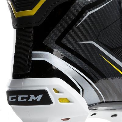 (CCM Tacks 9060 Goalie Skates - Senior)