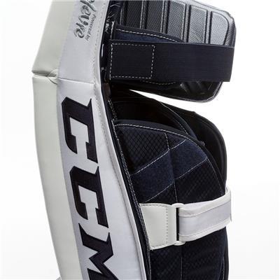 (CCM Premier P2.9 Goalie Leg Pads - Senior)