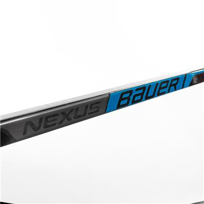 (Bauer Nexus 2N Grip Composite Hockey Stick)