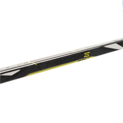(CCM Ribcor 65K Grip Composite Hockey Stick - Junior)