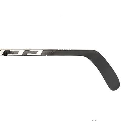 (CCM Tacks 9060 Grip Composite Hockey Stick - Junior)