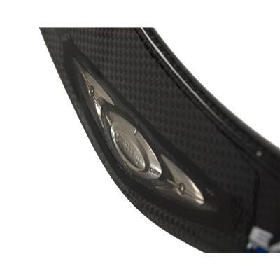 Focus Weight Technology Provides Superb Balance (Easton Synergy EQ40 Composite Stick)