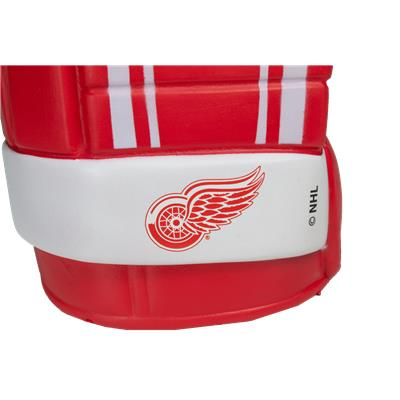Wings Logo (NHL Team Game On Glove Hand)
