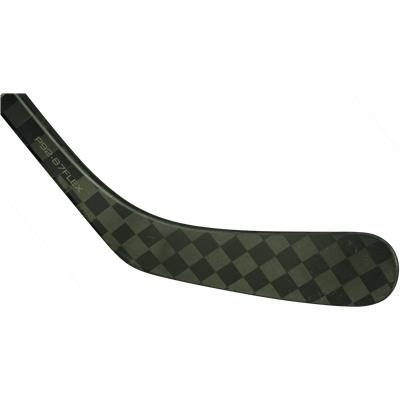 Power Core 3 Blade Maximizes Puck Feel (Bauer Nexus 1000 GripTac Composite Stick)