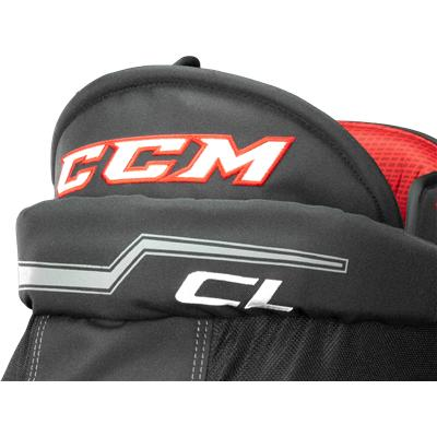 Molded U Foam Throughout Hip Area (CCM U+ CL Player Pants)