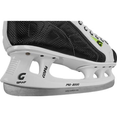 Cobra Runner Will Allow You To Fly (Graf Supra 370 Ice Skates)