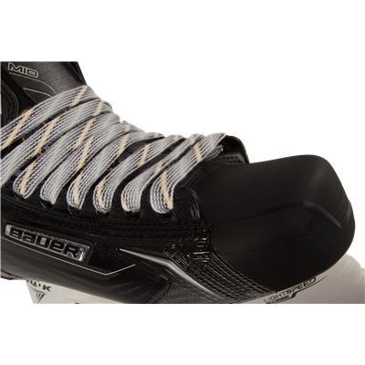 Lace Detail (Bauer Supreme TotalOne MX3 Ice Skates)