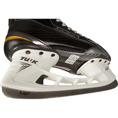 Blade Detail (Bauer Supreme 180 Ice Skates)