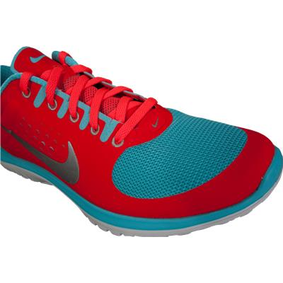 Front Three Quarters (Nike FS Lite Running Shoes)