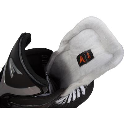 (Easton Mako M8 Ice Hockey Skates)