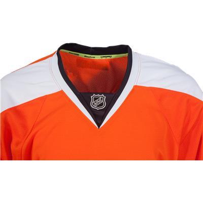Collar View (Reebok Philadelphia Flyers Authentic Jersey - Home/Dark)