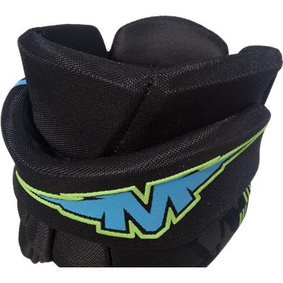 Back Cuff View (Mission Inhaler DS:3 Hockey Gloves)