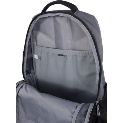 Computer Pouch In Back Flap (Under Armour Hustle Backpack Bag)