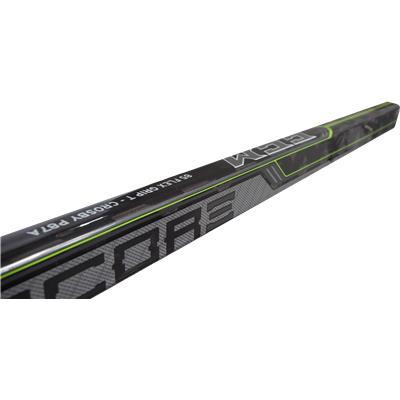 (CCM RIBCOR 30K Grip Composite Stick)