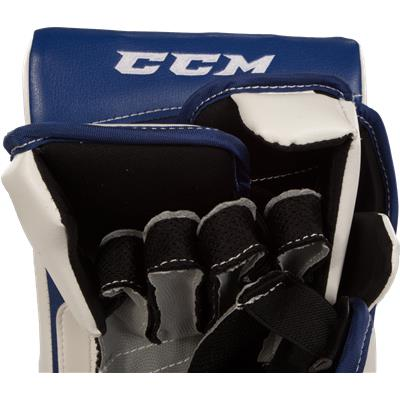 Finger View (CCM Extreme Flex II 860 Blocker)