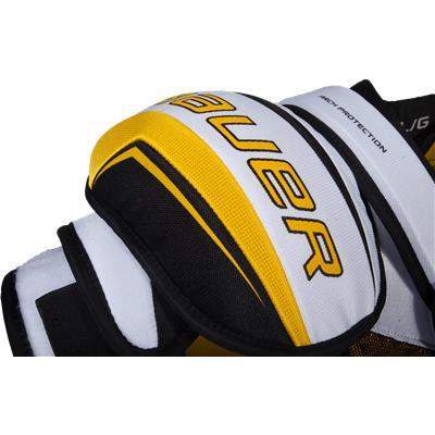 Shoulder Protection (Bauer Supreme 190 Shoulder Pads)
