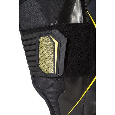 Velcro View (CCM Tacks 6052 Shin Guards)