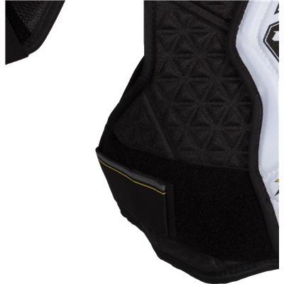 Velcro View (CCM Tacks 2052 Shoulder Pads)