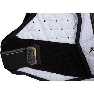 Velcro View (CCM Tacks 4052 Shoulder Pads)