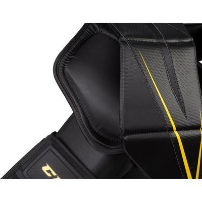 Shoulder Protection (CCM Premier Pro Goalie Chest And Arm Protector - Senior)