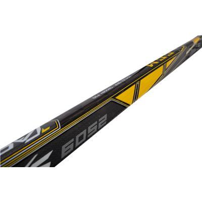 End View (CCM Tacks 6052 Grip Composite Stick)