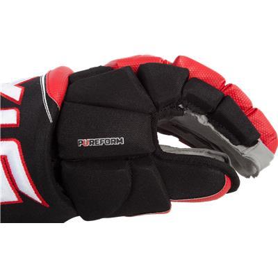 Thumb/Side View (STX Stallion 500 Hockey Gloves)