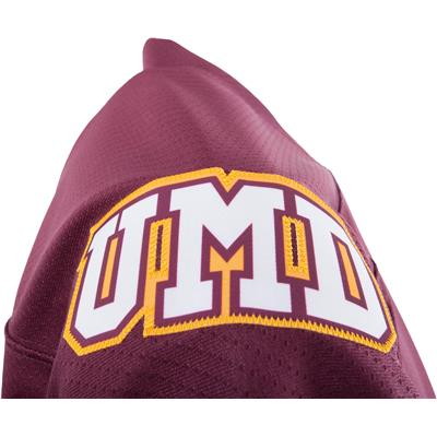 Shoulder Logo (Under Armour Minnesota-Duluth Bulldogs Jersey - Home/Dark)