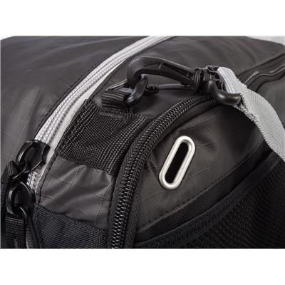 (Nike Quiver Duffle Bag)