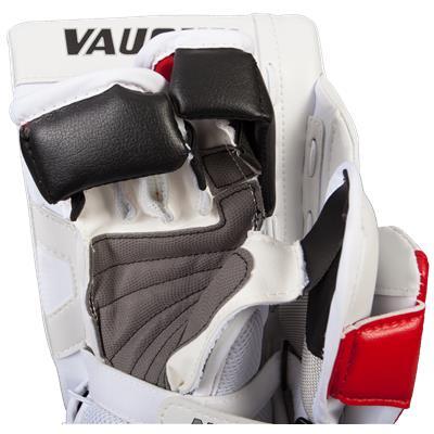 (Vaughn Velocity 7 XF Pro Goalie Blocker)
