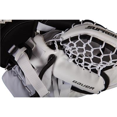 (Bauer Supreme S150 Catch Glove)