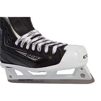 (CCM RIBCOR 44K Goalie Skates)