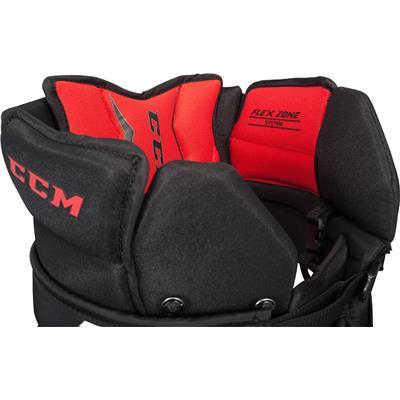 (CCM Extreme Flex E1.5 Goalie Pants)