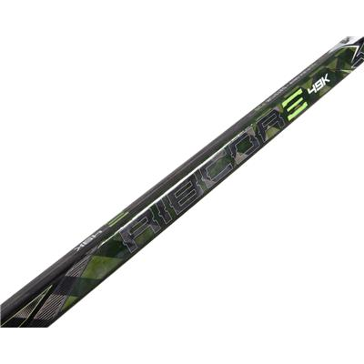 (CCM Ribcor 49K Grip Composite Hockey Stick)