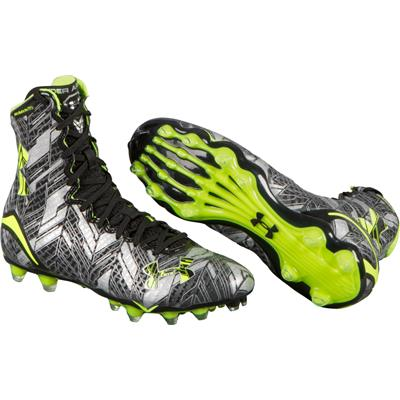 (Under Armour Highlight Mid Cleats)