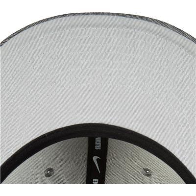 (Nike Tech True Snapback Hat)