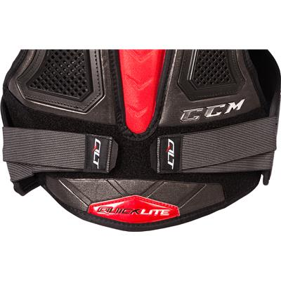 (CCM QuickLite Shoulder Pads)